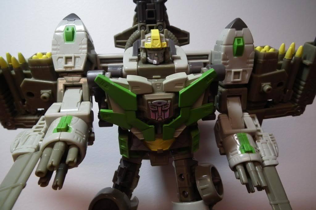 Collection de Braveheart: Venez voir mon musé personnel de Transformers - Page 4 DSCF1557