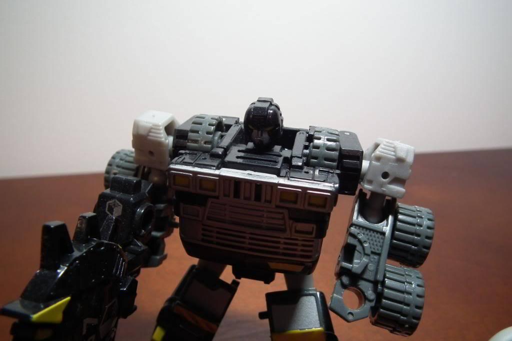 Collection de Braveheart: Venez voir mon musé personnel de Transformers - Page 4 DSCF2698