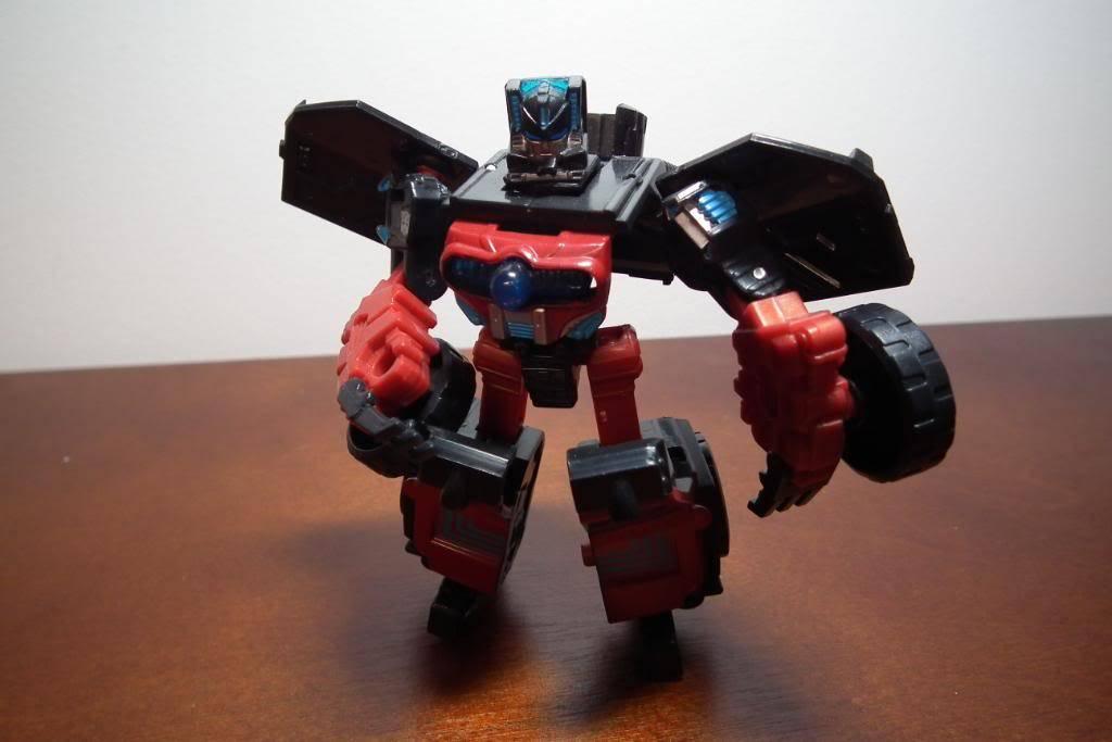 Collection de Braveheart: Venez voir mon musé personnel de Transformers - Page 4 DSCF2707