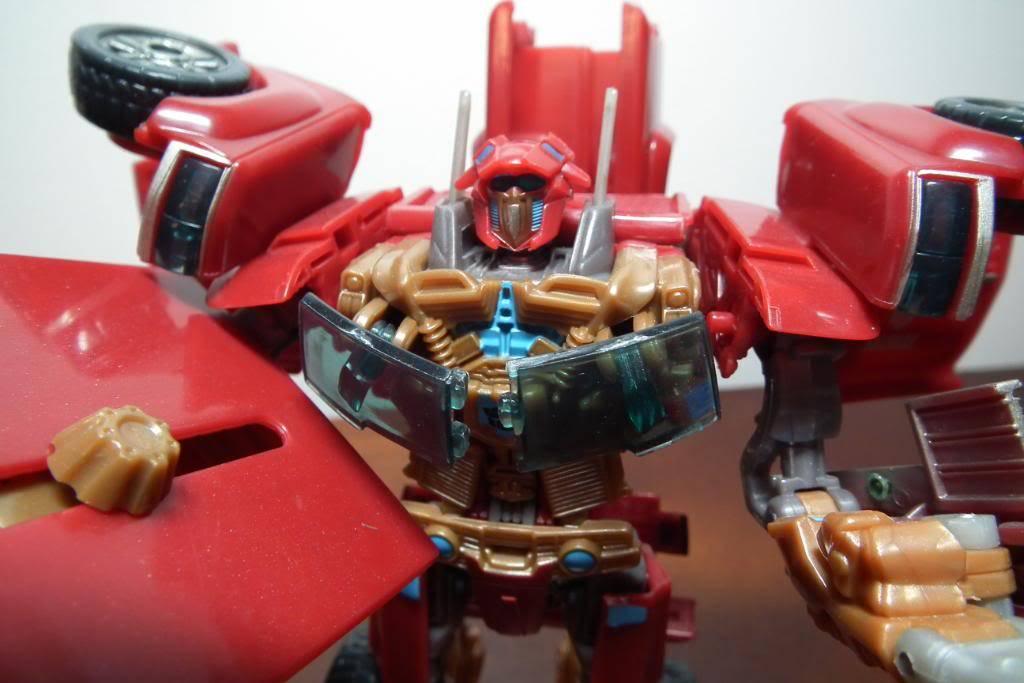Collection de Braveheart: Venez voir mon musé personnel de Transformers - Page 4 DSCF2785