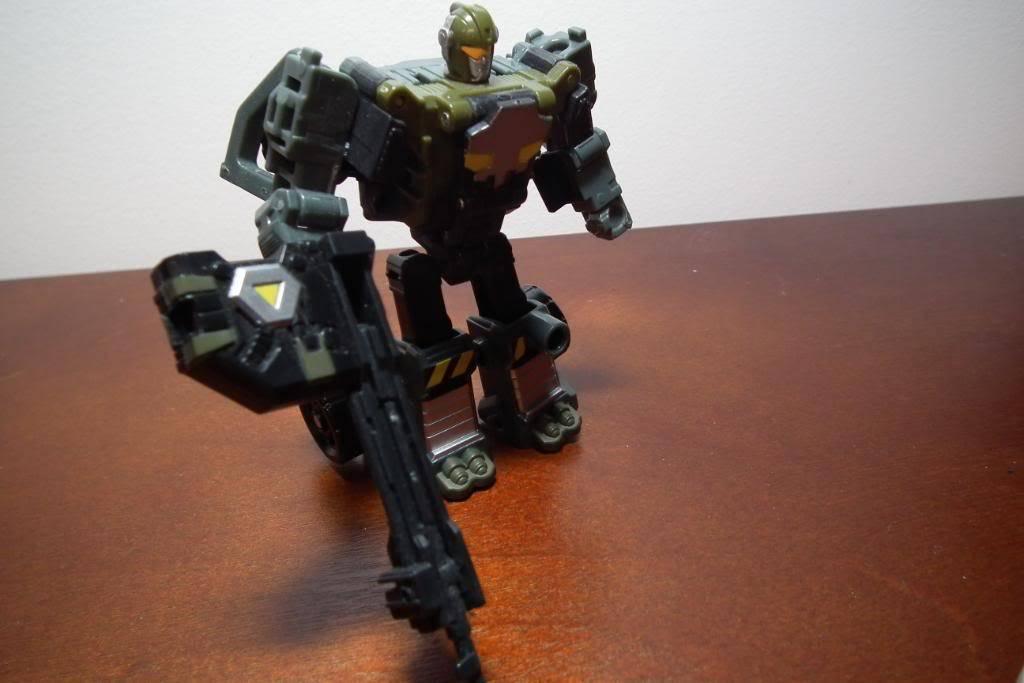 Collection de Braveheart: Venez voir mon musé personnel de Transformers - Page 4 DSCF2814