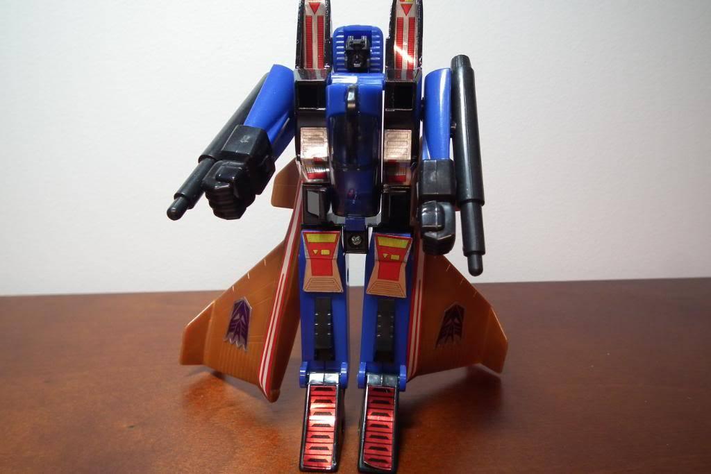 Collection de Braveheart: Venez voir mon musé personnel de Transformers - Page 3 DSCF1674