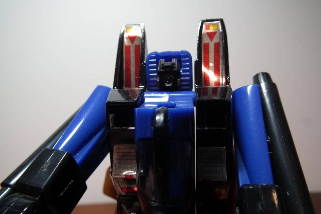 Collection de Braveheart: Venez voir mon musé personnel de Transformers - Page 3 DSCF1677