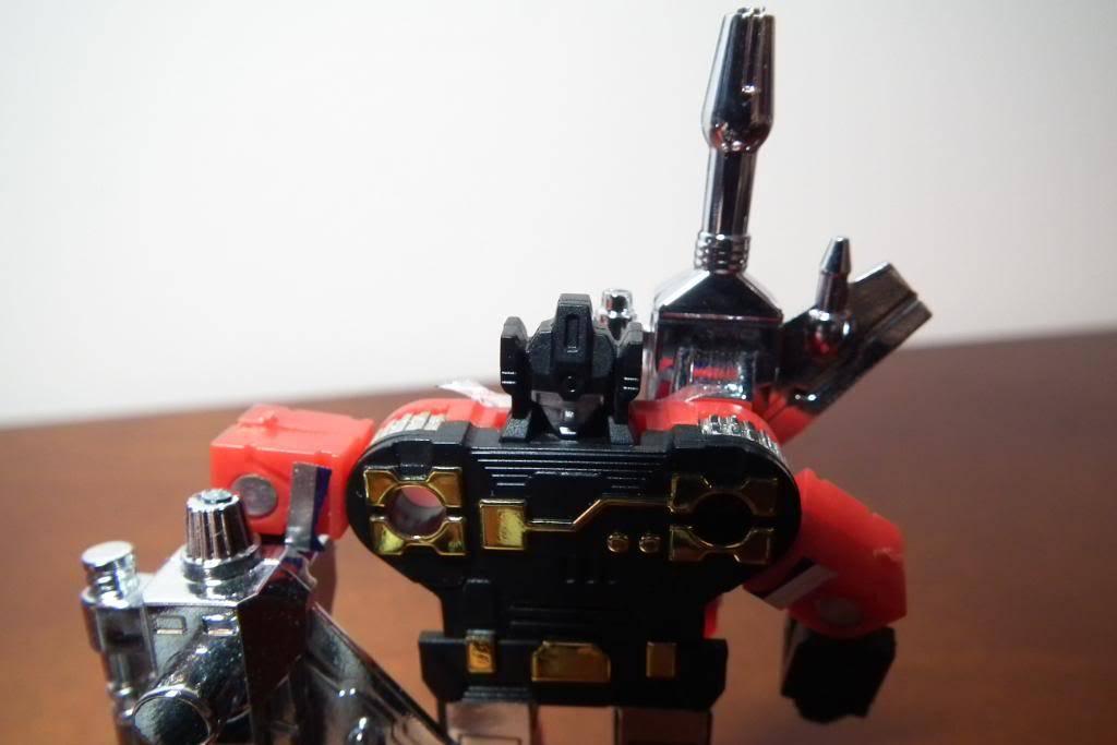 Collection de Braveheart: Venez voir mon musé personnel de Transformers - Page 3 DSCF1696