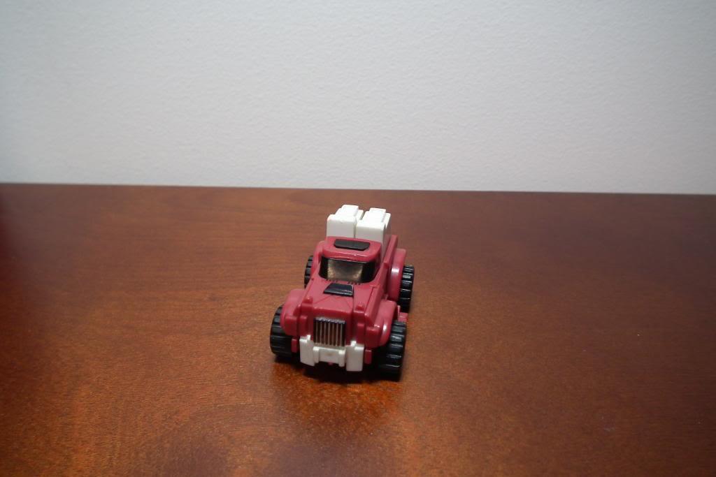 Collection de Braveheart: Venez voir mon musé personnel de Transformers - Page 3 DSCF1003