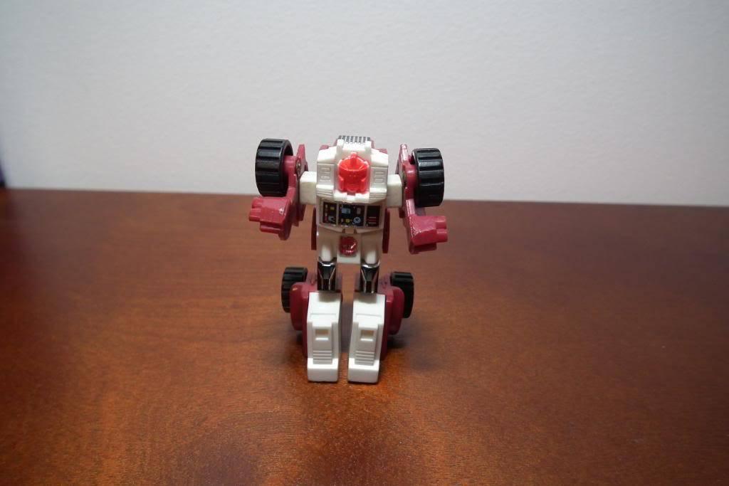 Collection de Braveheart: Venez voir mon musé personnel de Transformers - Page 3 DSCF1004