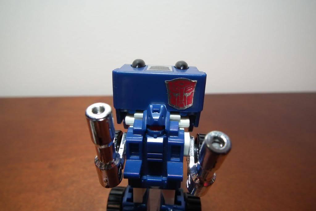 Collection de Braveheart: Venez voir mon musé personnel de Transformers - Page 3 DSCF1011