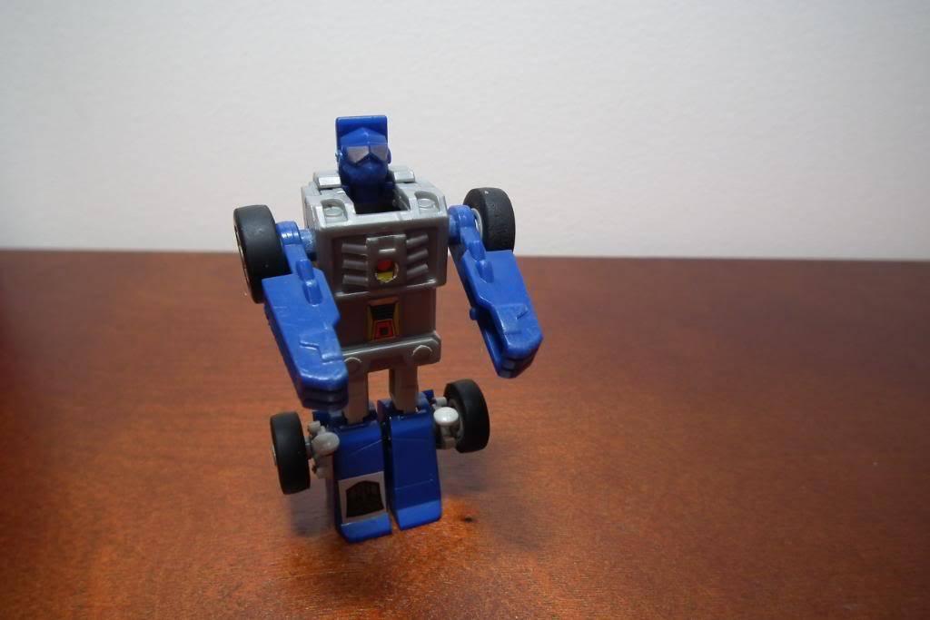 Collection de Braveheart: Venez voir mon musé personnel de Transformers - Page 3 DSCF1015