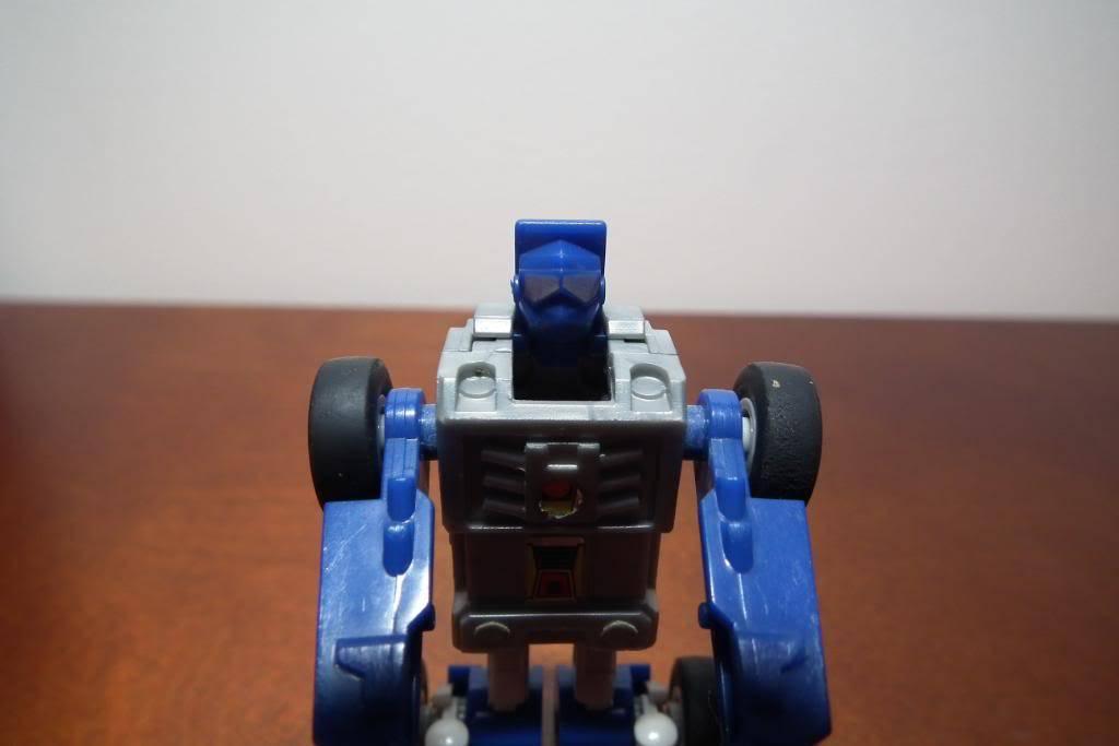 Collection de Braveheart: Venez voir mon musé personnel de Transformers - Page 3 DSCF1016