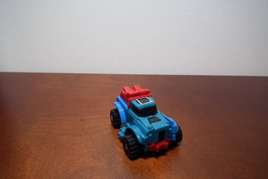 Collection de Braveheart: Venez voir mon musé personnel de Transformers - Page 3 DSCF1017