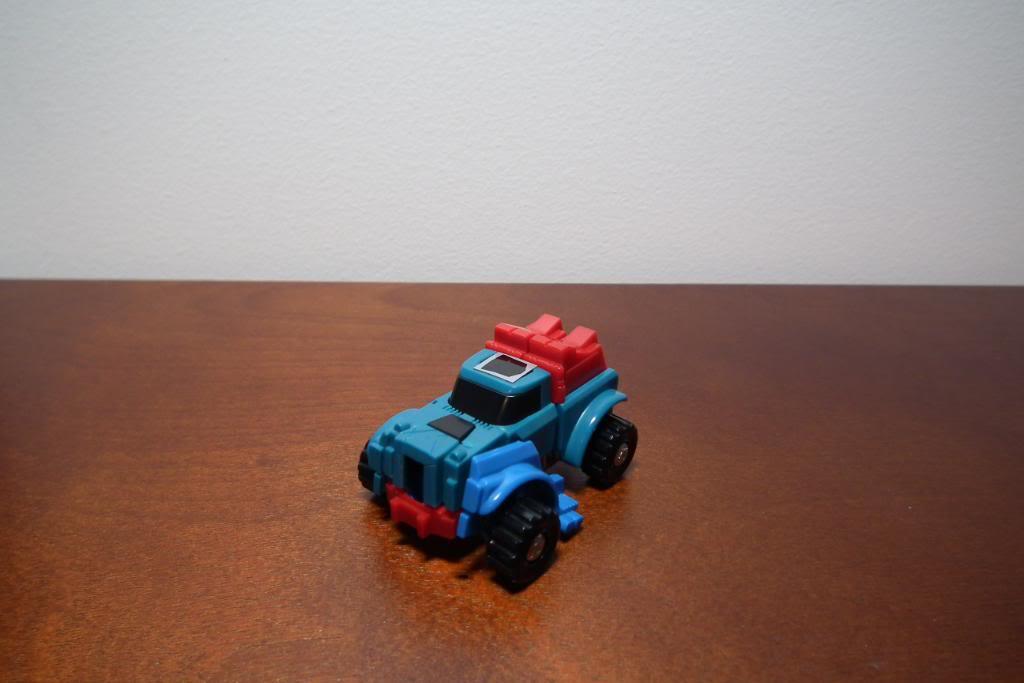 Collection de Braveheart: Venez voir mon musé personnel de Transformers - Page 3 DSCF1018