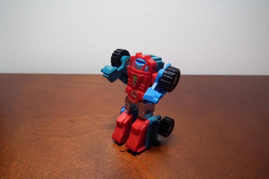 Collection de Braveheart: Venez voir mon musé personnel de Transformers - Page 3 DSCF1020