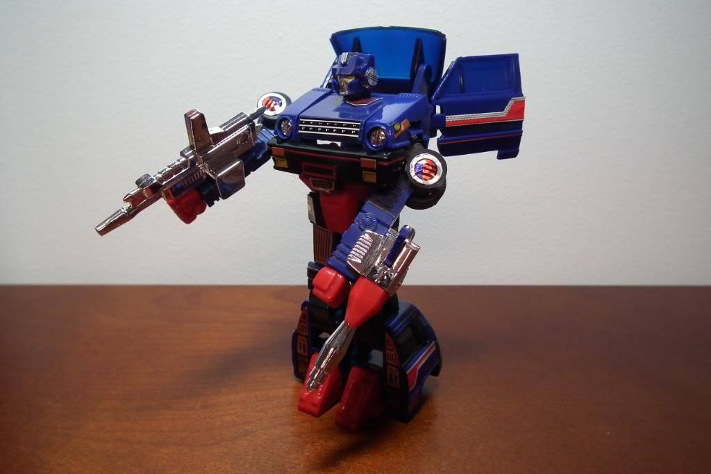 Collection de Braveheart: Venez voir mon musé personnel de Transformers - Page 3 DSCF1027