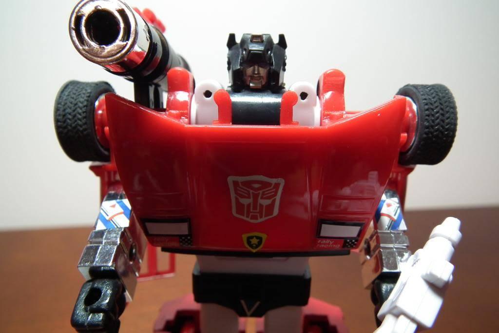 Collection de Braveheart: Venez voir mon musé personnel de Transformers - Page 3 DSCF1051