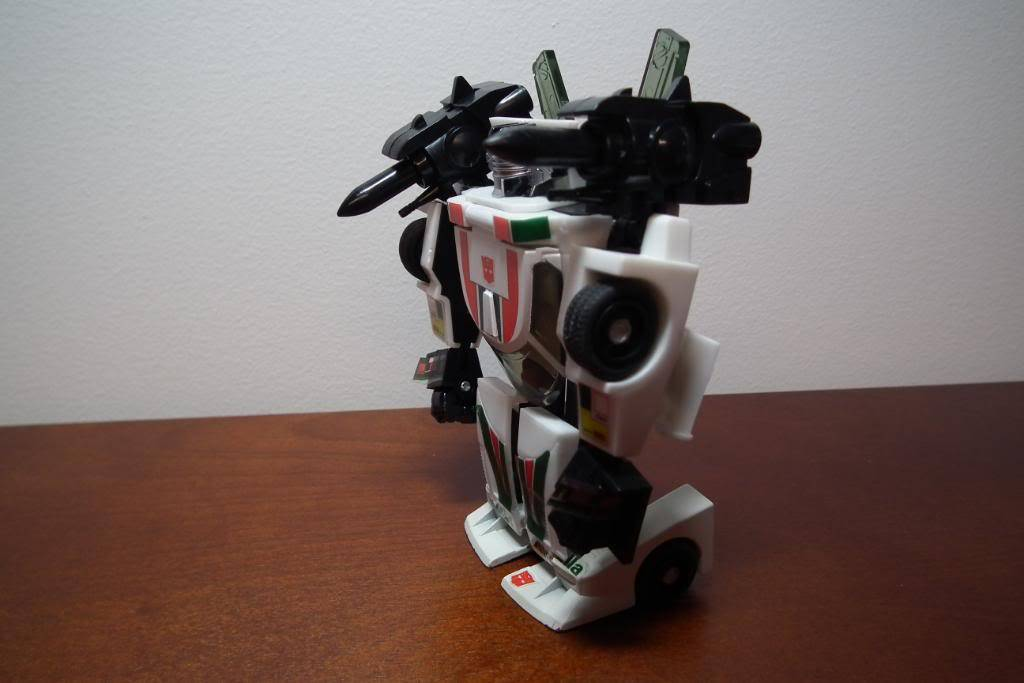 Collection de Braveheart: Venez voir mon musé personnel de Transformers - Page 3 DSCF1057