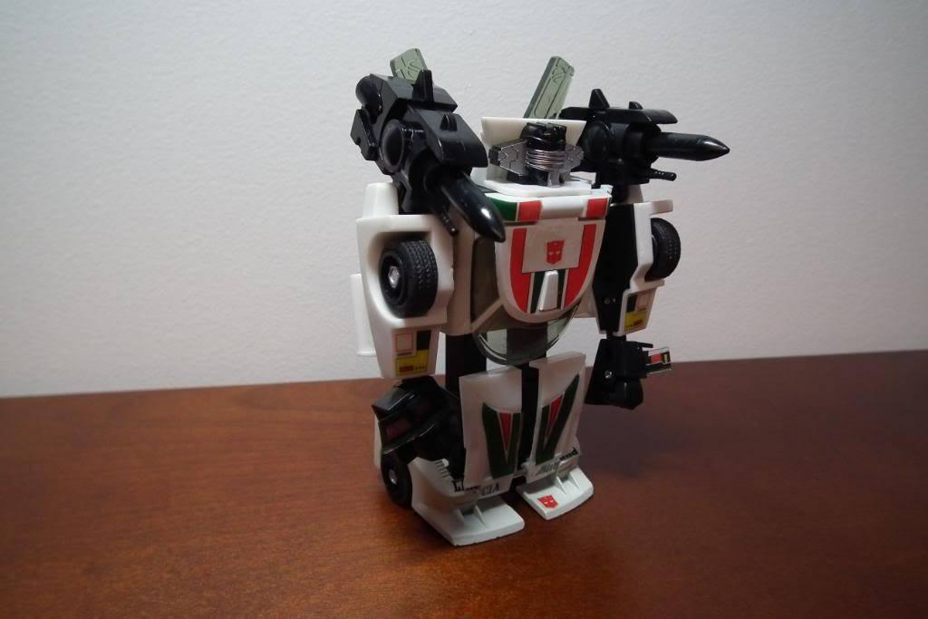 Collection de Braveheart: Venez voir mon musé personnel de Transformers - Page 3 DSCF1058
