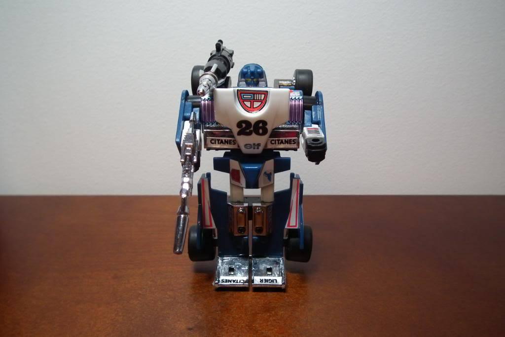 Collection de Braveheart: Venez voir mon musé personnel de Transformers - Page 3 DSCF1065