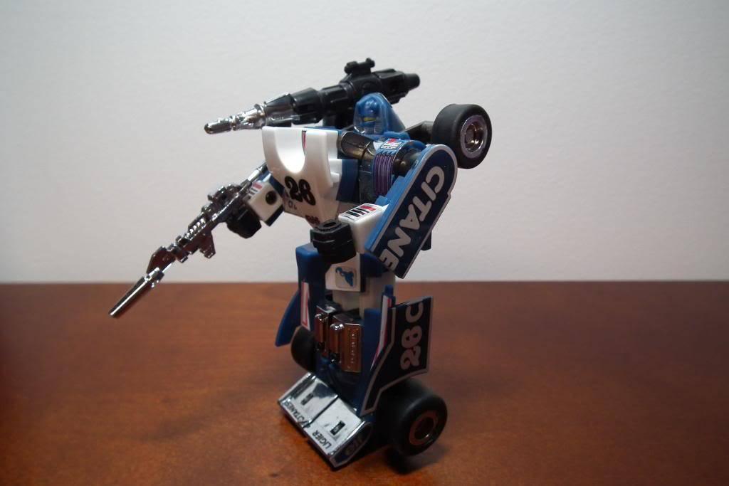 Collection de Braveheart: Venez voir mon musé personnel de Transformers - Page 3 DSCF1067