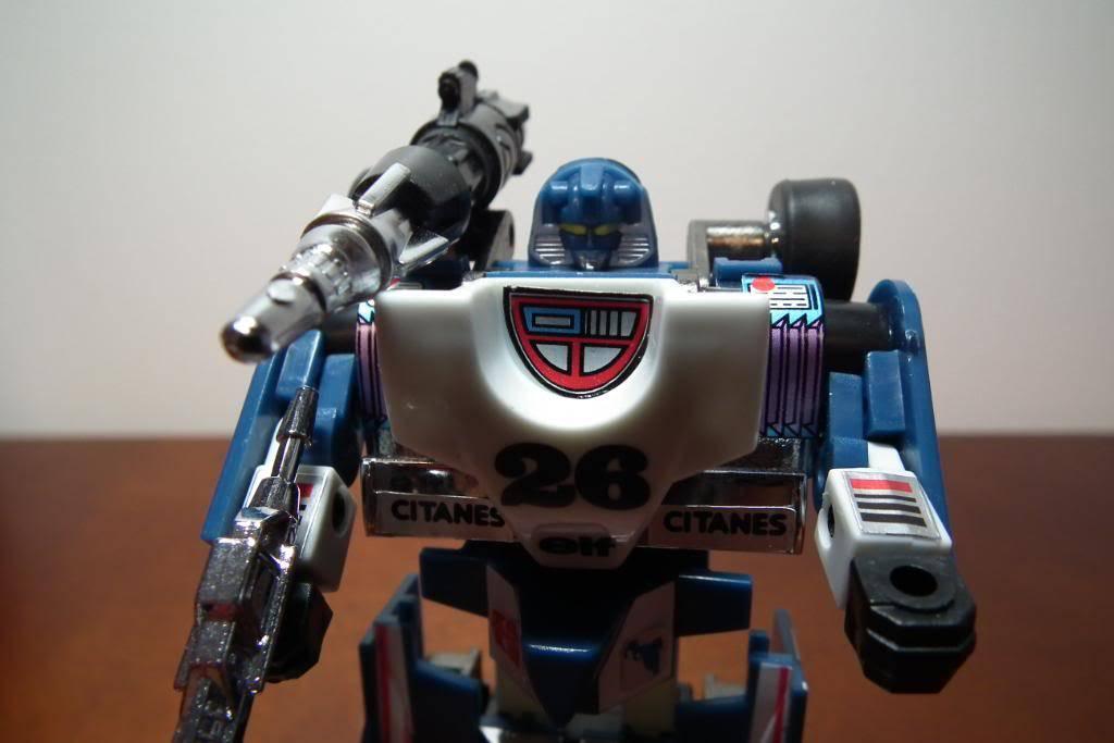 Collection de Braveheart: Venez voir mon musé personnel de Transformers - Page 3 DSCF1068