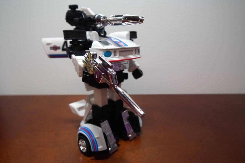 Collection de Braveheart: Venez voir mon musé personnel de Transformers - Page 3 DSCF1071