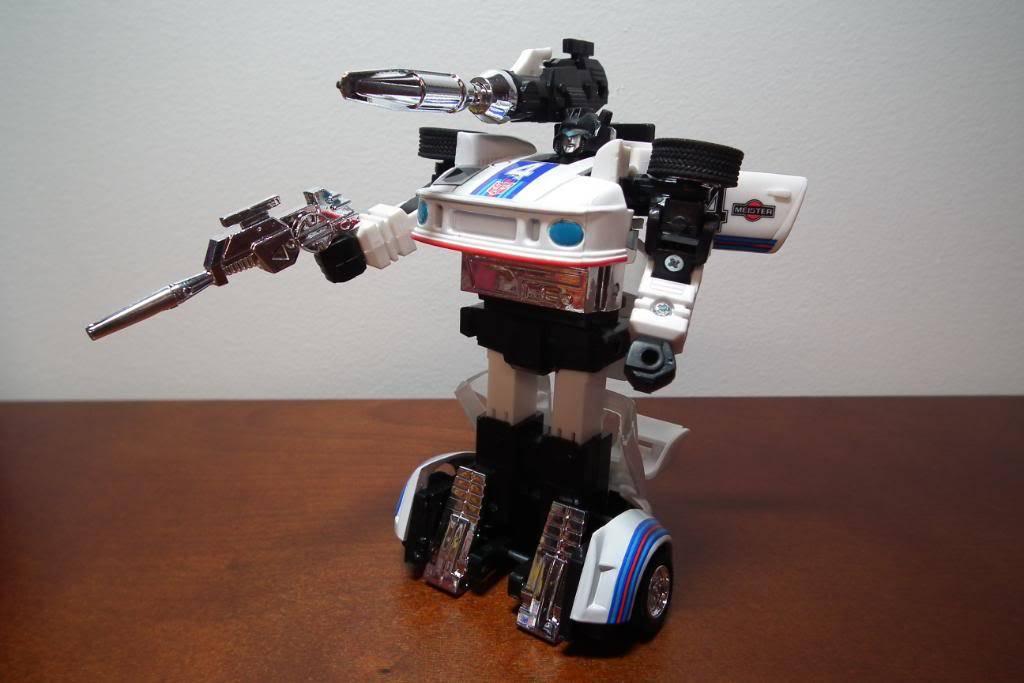 Collection de Braveheart: Venez voir mon musé personnel de Transformers - Page 3 DSCF1072