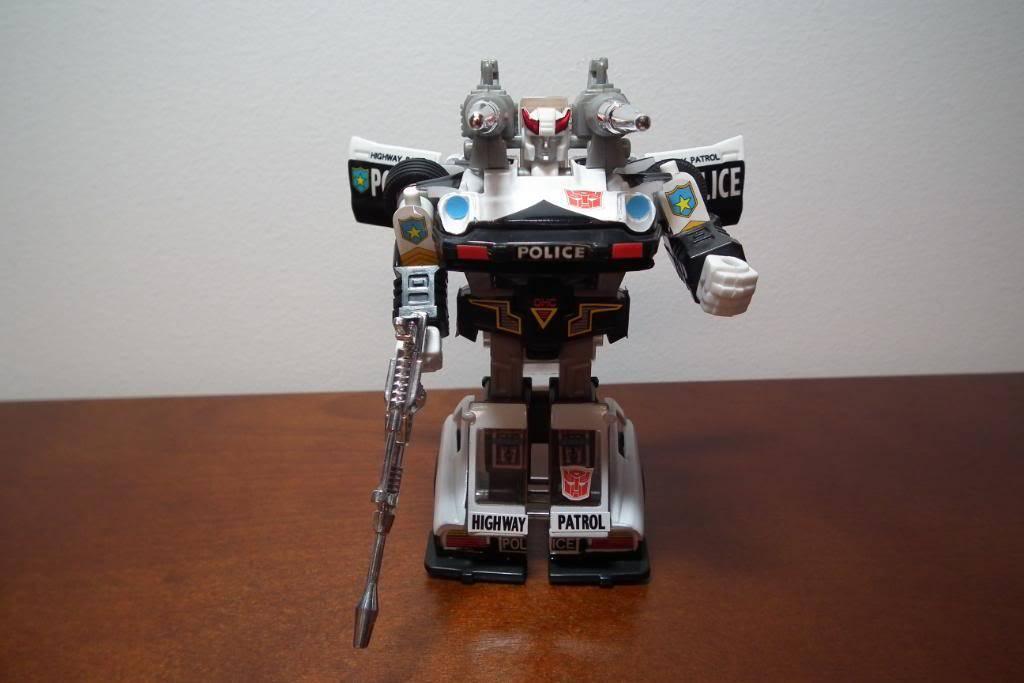 Collection de Braveheart: Venez voir mon musé personnel de Transformers - Page 3 DSCF1095