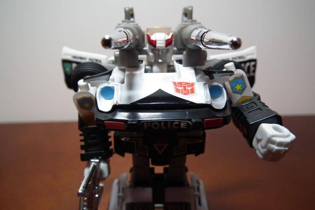 Collection de Braveheart: Venez voir mon musé personnel de Transformers - Page 3 DSCF1098