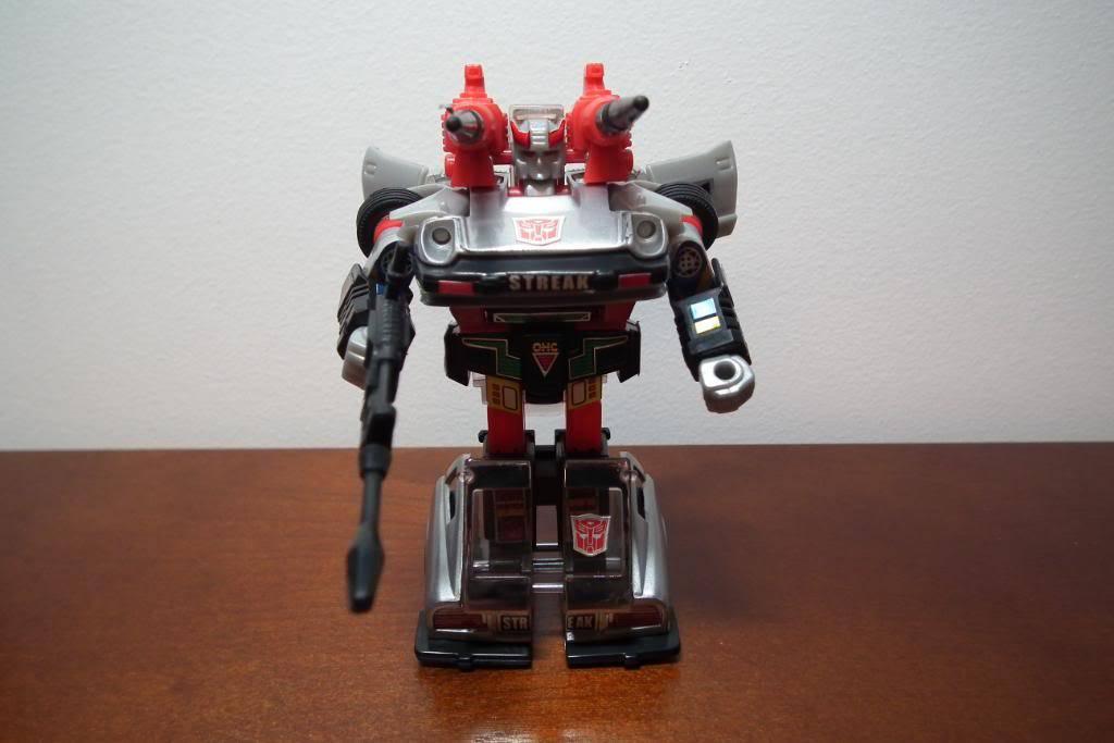 Collection de Braveheart: Venez voir mon musé personnel de Transformers - Page 3 DSCF1119