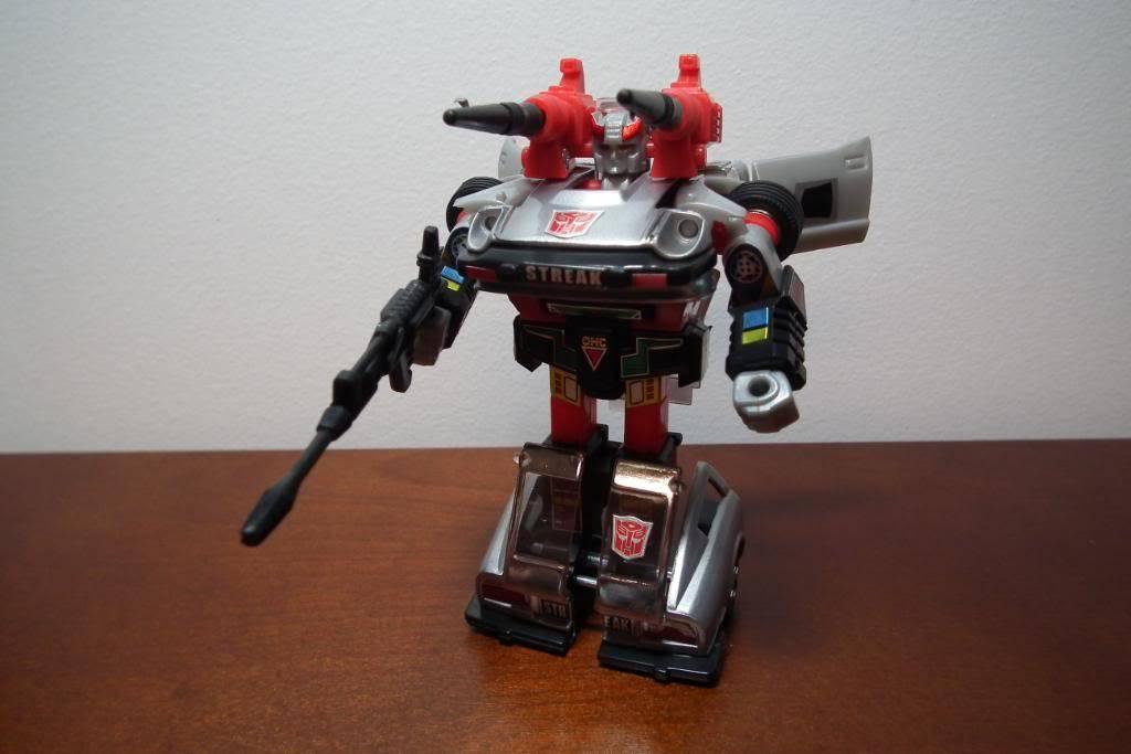 Collection de Braveheart: Venez voir mon musé personnel de Transformers - Page 3 DSCF1120