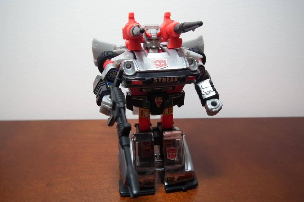 Collection de Braveheart: Venez voir mon musé personnel de Transformers - Page 3 DSCF1121