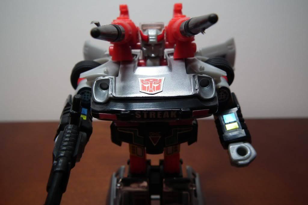Collection de Braveheart: Venez voir mon musé personnel de Transformers - Page 3 DSCF1122