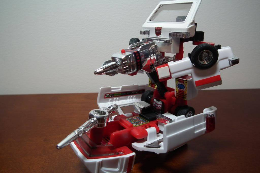 Collection de Braveheart: Venez voir mon musé personnel de Transformers - Page 3 DSCF1125
