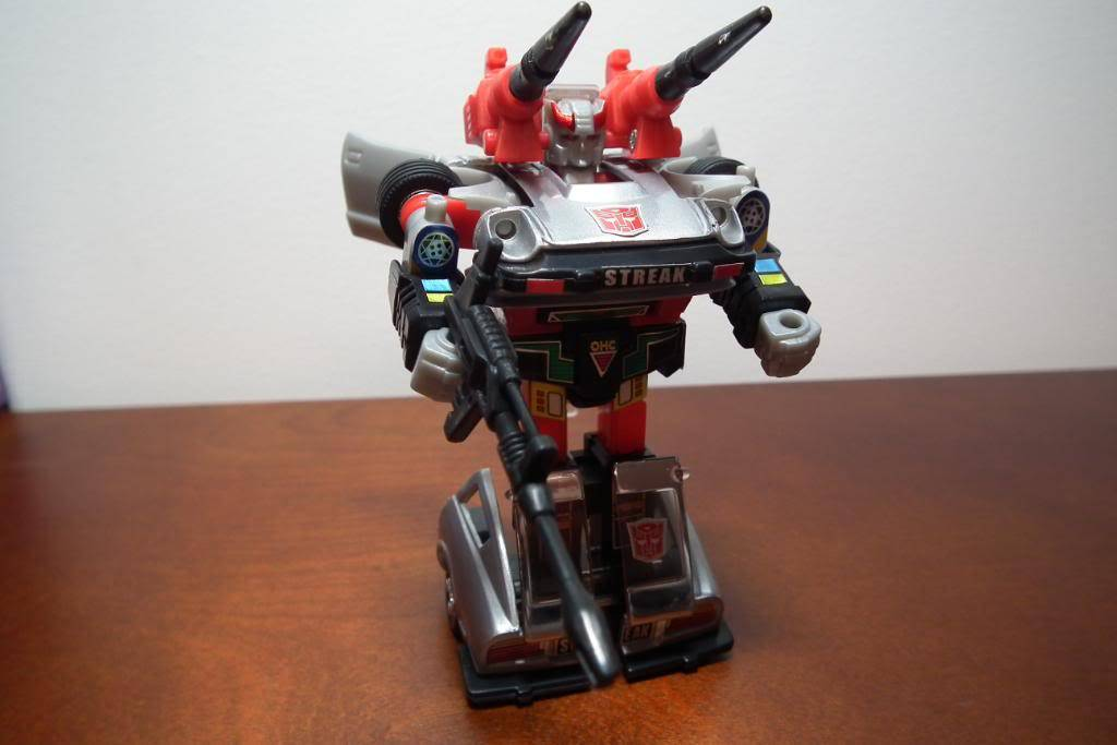 Collection de Braveheart: Venez voir mon musé personnel de Transformers - Page 3 DSCF1151