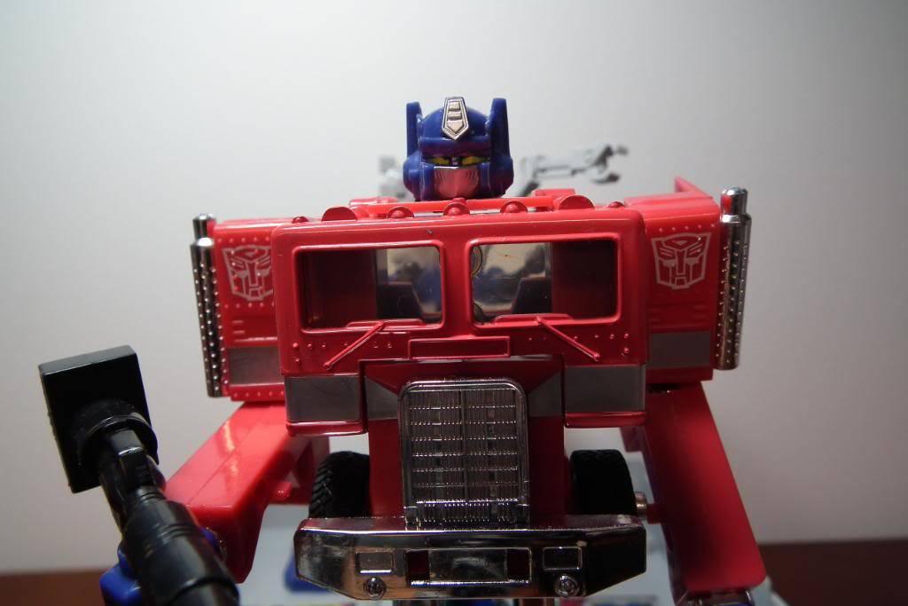 Collection de Braveheart: Venez voir mon musé personnel de Transformers - Page 3 DSCF1172