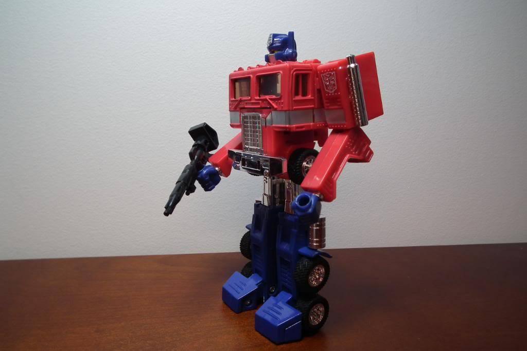 Collection de Braveheart: Venez voir mon musé personnel de Transformers - Page 3 DSCF1182