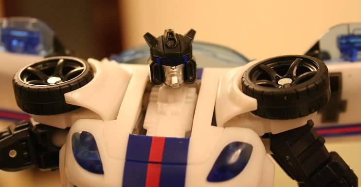 Jouets Transformers Generations: Nouveautés Hasbro - Page 3 Jazz1_1288298720