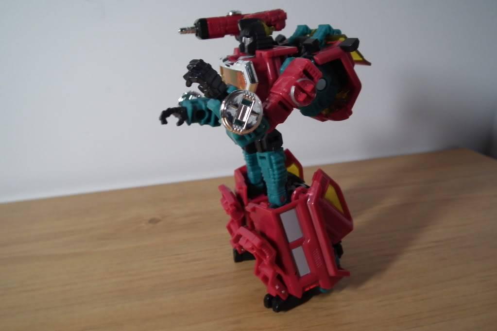 Collection de Braveheart: Venez voir mon musé personnel de Transformers - Page 7 DSCF4998