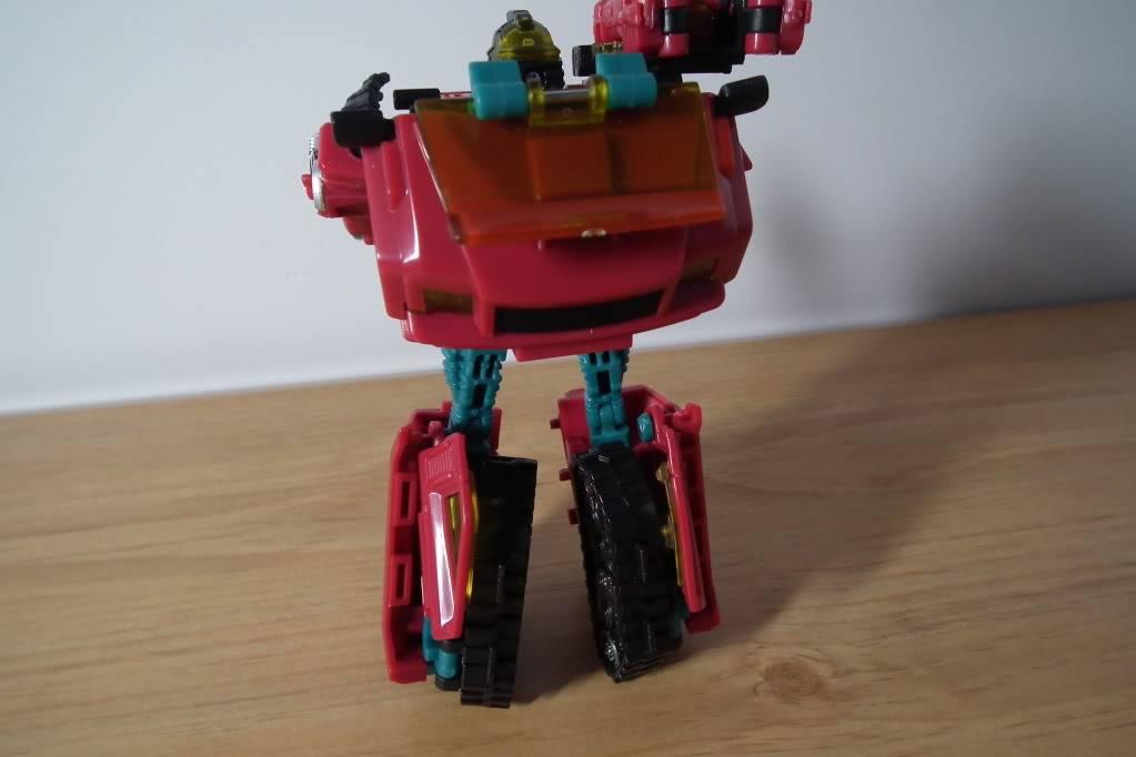 Collection de Braveheart: Venez voir mon musé personnel de Transformers - Page 7 DSCF5001