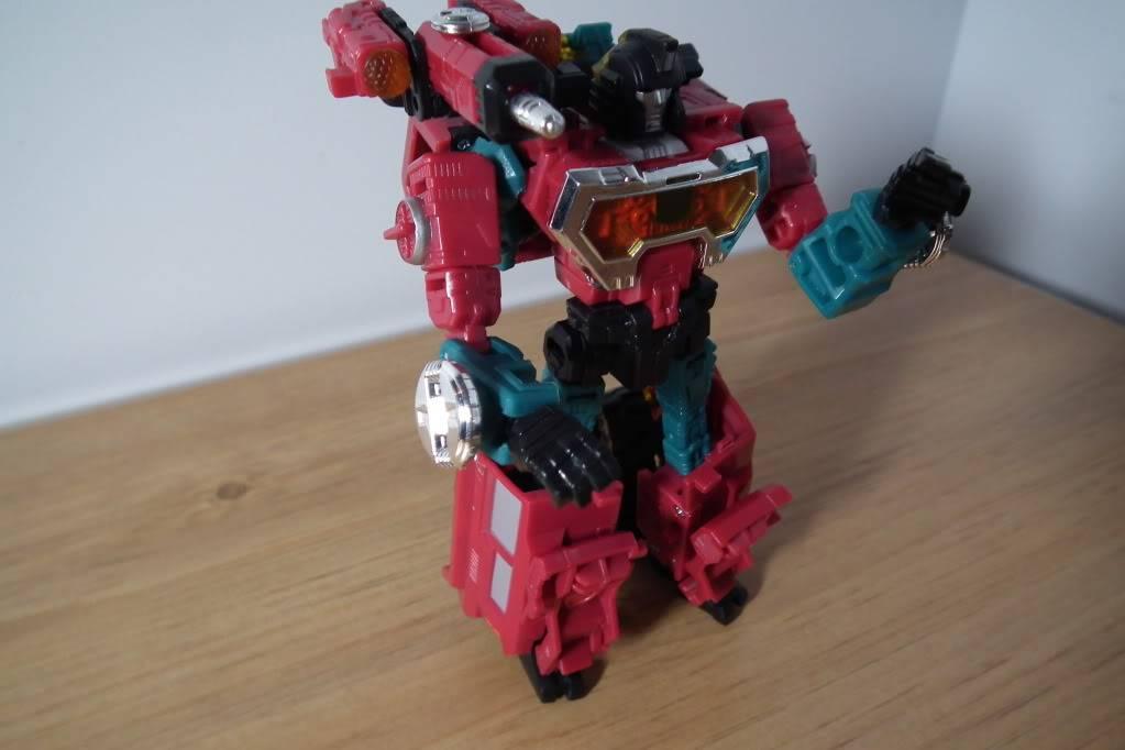 Collection de Braveheart: Venez voir mon musé personnel de Transformers - Page 7 DSCF5003