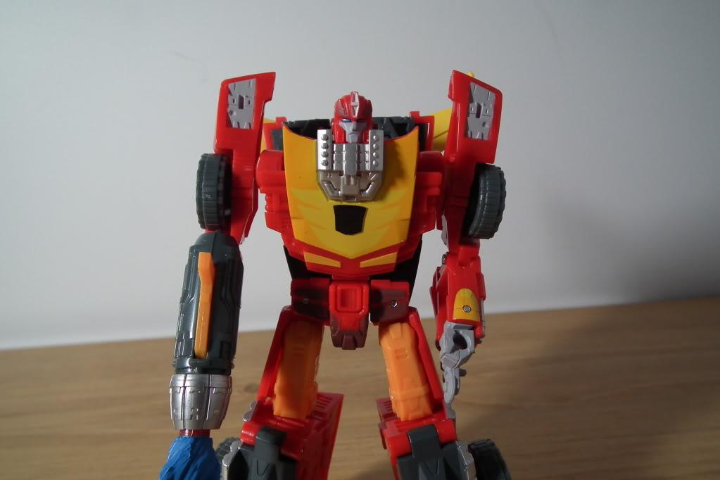 Collection de Braveheart: Venez voir mon musé personnel de Transformers - Page 7 DSCF5031