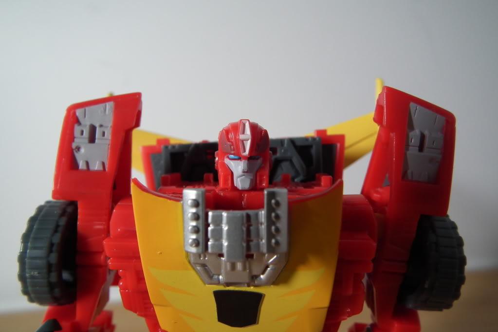 Collection de Braveheart: Venez voir mon musé personnel de Transformers - Page 7 DSCF5032