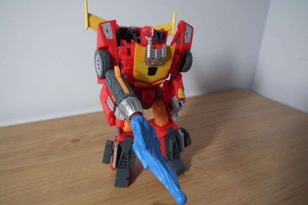 Collection de Braveheart: Venez voir mon musé personnel de Transformers - Page 7 DSCF5034