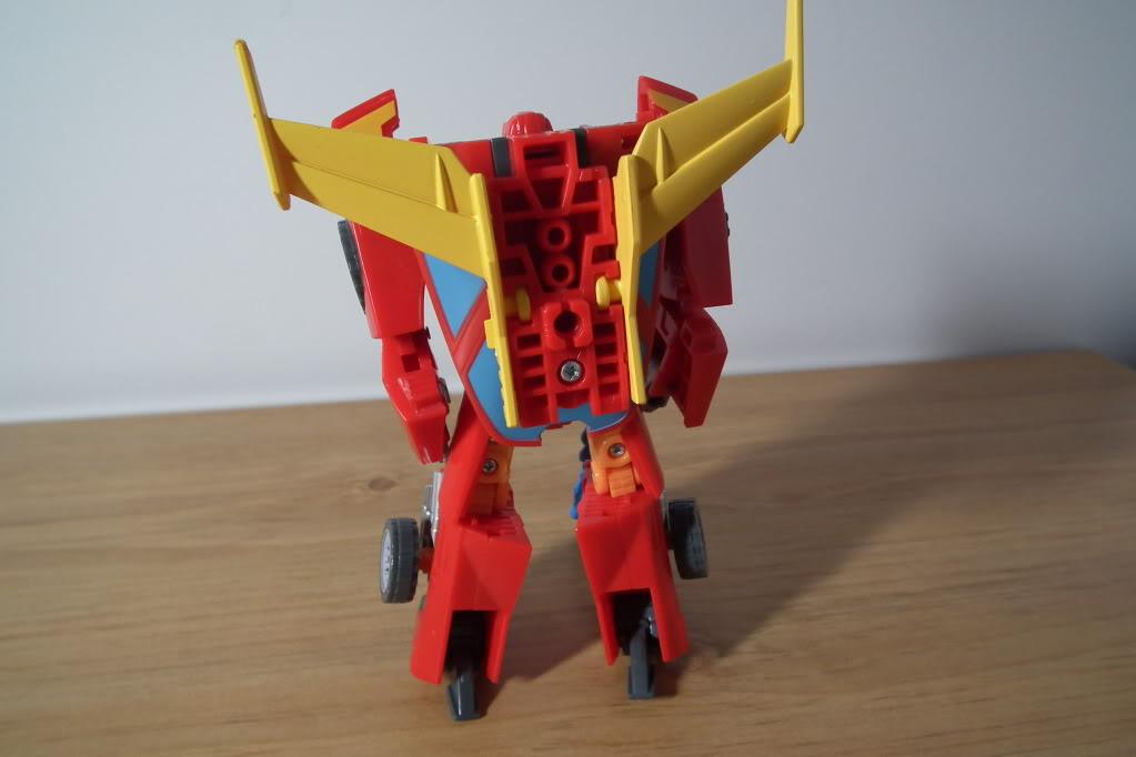 Collection de Braveheart: Venez voir mon musé personnel de Transformers - Page 7 DSCF5038