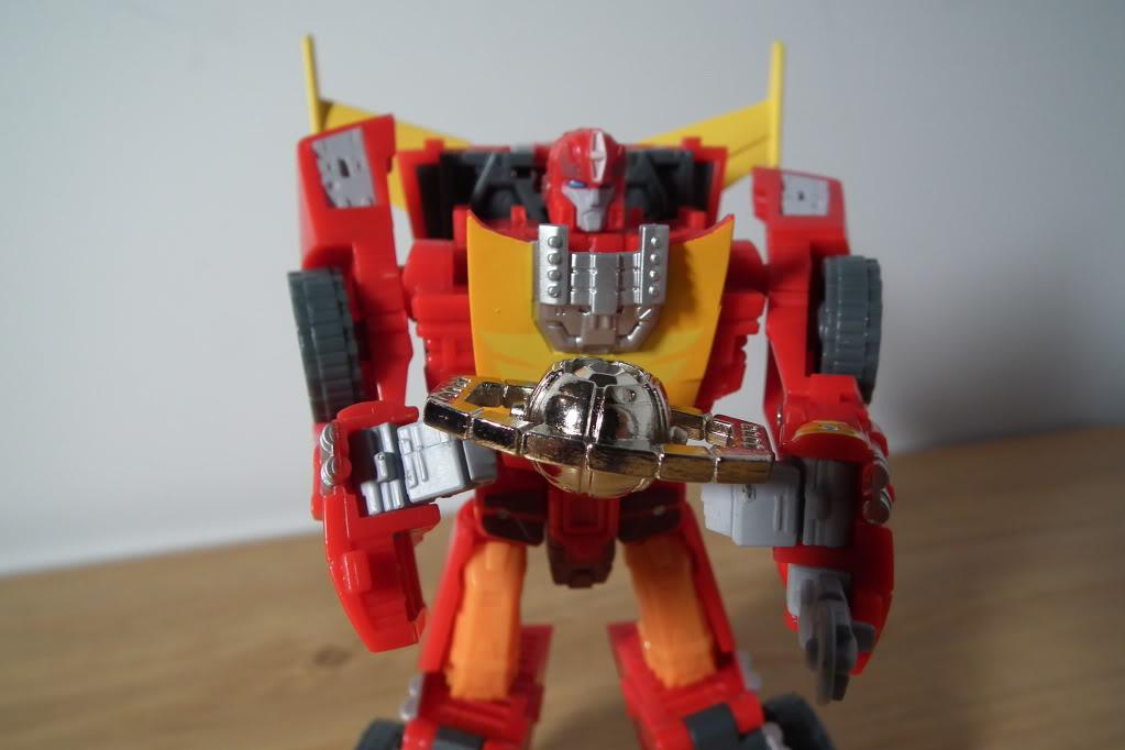 Collection de Braveheart: Venez voir mon musé personnel de Transformers - Page 7 DSCF5050