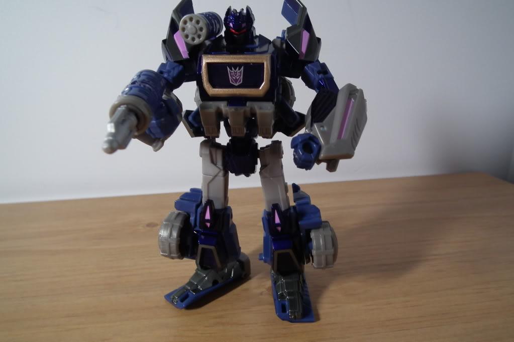 Collection de Braveheart: Venez voir mon musé personnel de Transformers - Page 7 DSCF5060