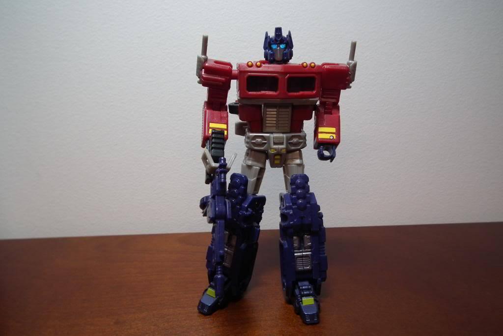 Collection de Braveheart: Venez voir mon musé personnel de Transformers - Page 5 DSCF1081