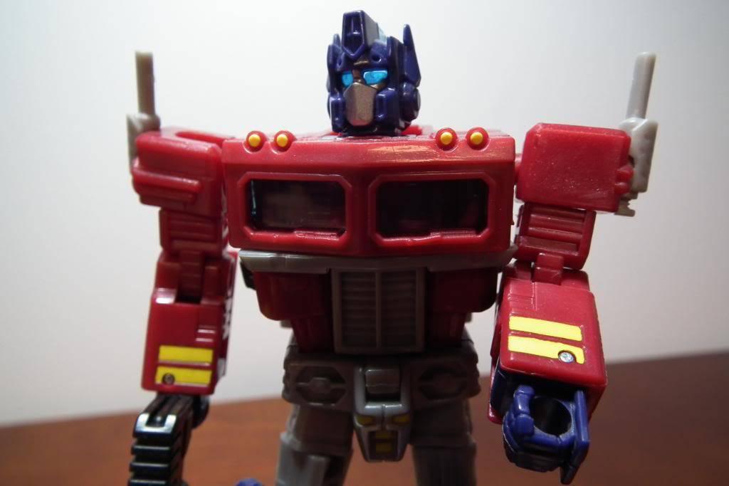 Collection de Braveheart: Venez voir mon musé personnel de Transformers - Page 3 DSCF1084