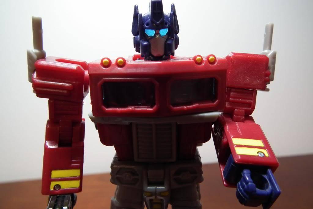 Collection de Braveheart: Venez voir mon musé personnel de Transformers - Page 3 DSCF1085