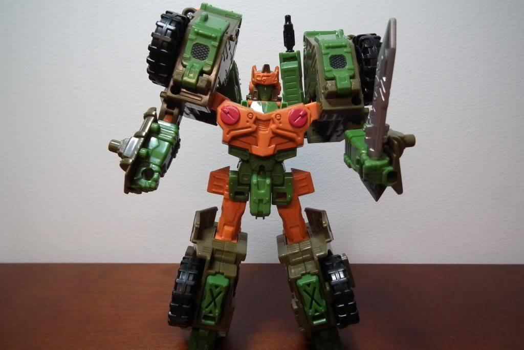 Collection de Braveheart: Venez voir mon musé personnel de Transformers - Page 3 DSCF2325
