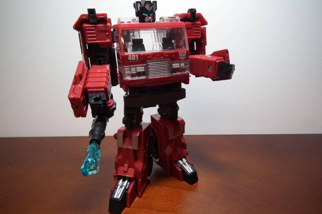 Collection de Braveheart: Venez voir mon musé personnel de Transformers - Page 3 DSCF3005